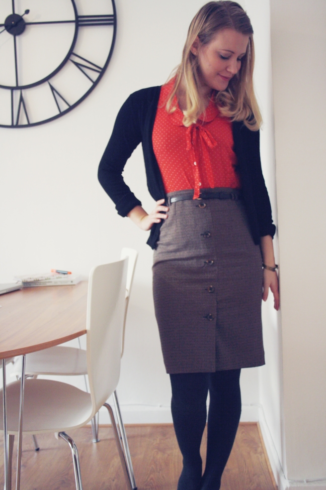 work outfit pencil skirt