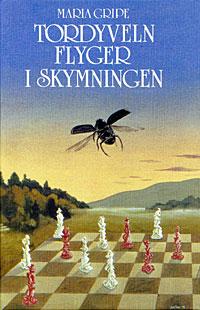 tordyveln-flyger-i-skymningen2
