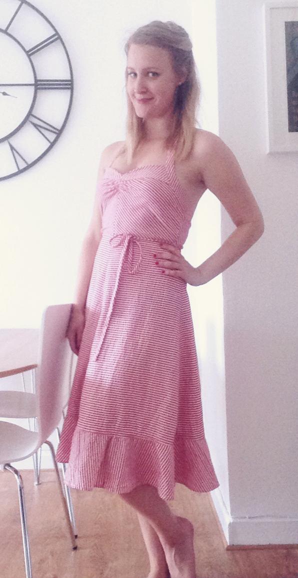 emma sundh vintage röd klänning