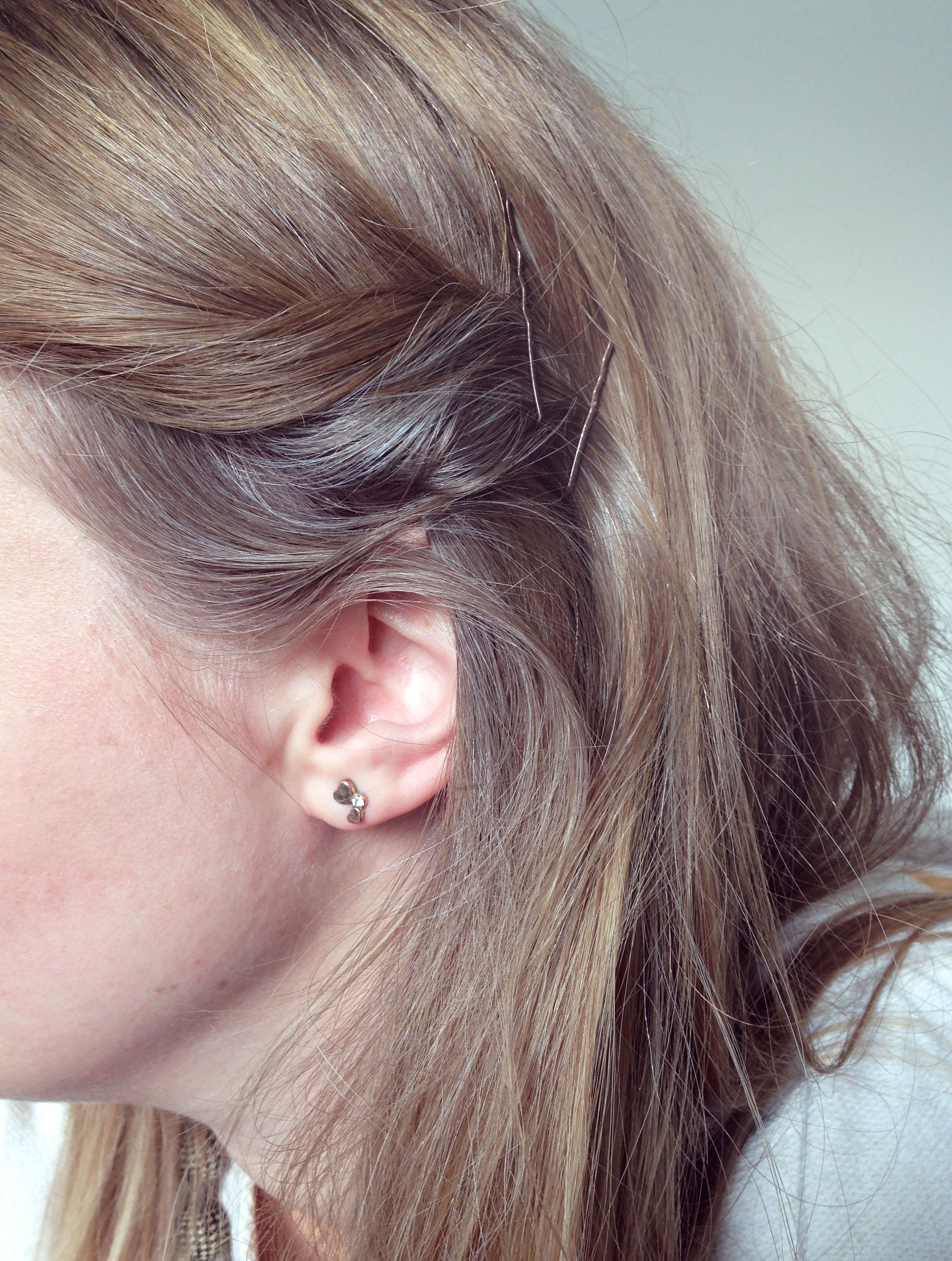 gråa hårstrån ung